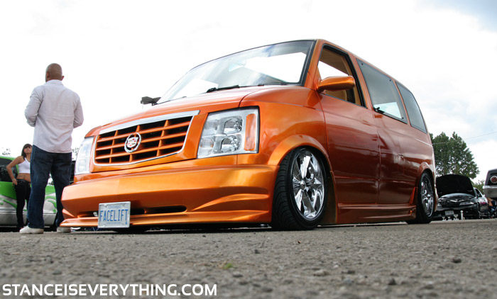 Caddy clipped bagged van