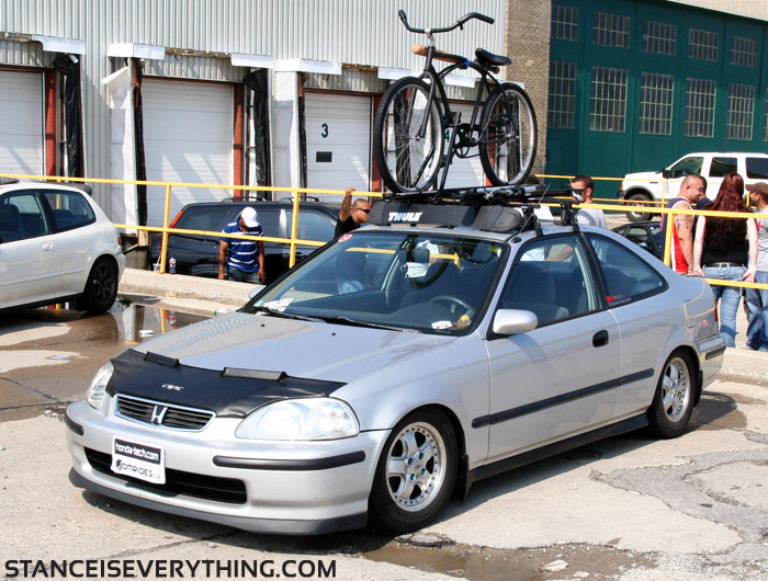 Fellow rider Dara brought out his ek  sedan