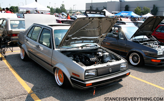 A pair of orange rims made it on to this mk2