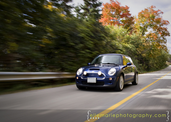 Another  shot of the mini, gotta love fall colors