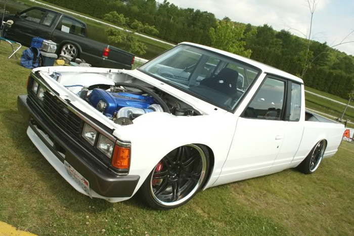 A lot of people will dig this Datsun with a skyline motor swap