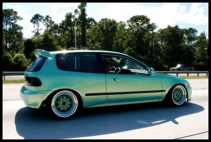 Saw this one on Noahs blog (EK Hatch) dig the color match and it's got a unique hood too