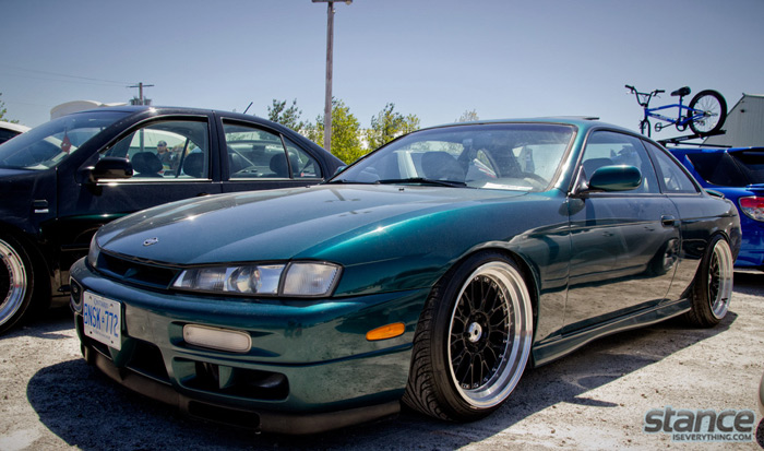 2013_stretch_and_poke_fitted_nissan_silvia