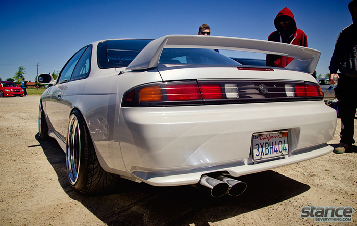 2013_stretch_and_poke_fitted_nissan_silvia_ssr_2