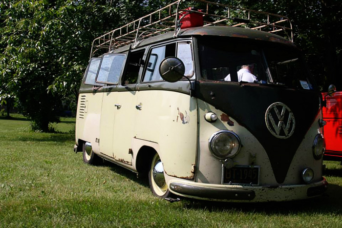 2013_june_jitterbug_vw_bus