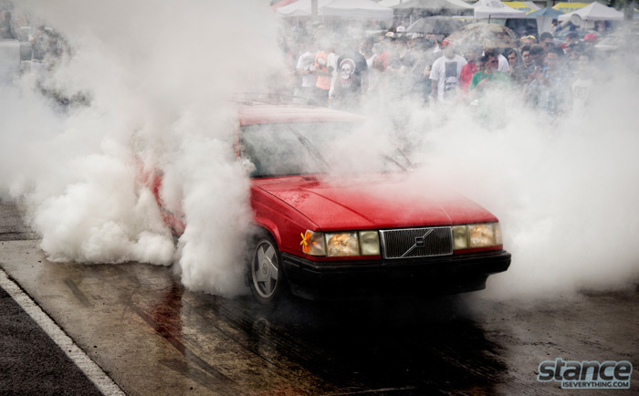 eurokracy_2013_volvo_burnout_1