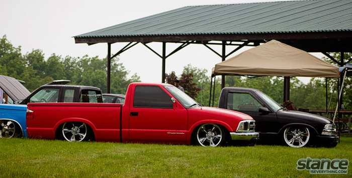 niagara_truck_and_tuner_expo_2013_truck_chevy_s10_pair