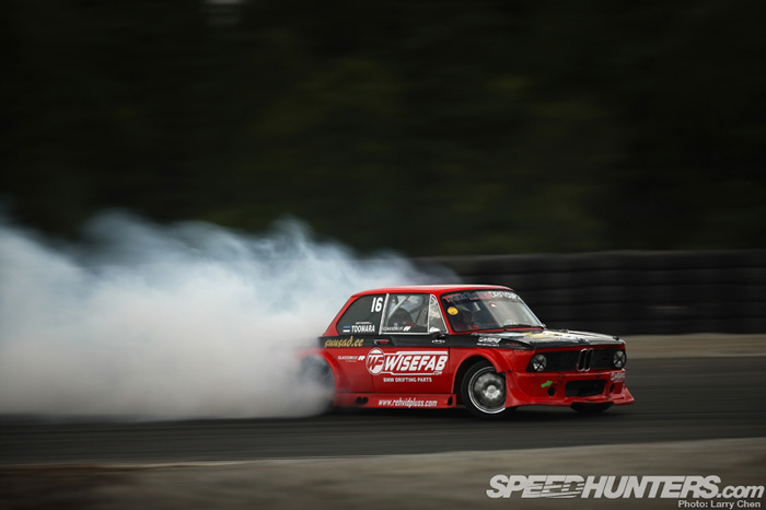 2jz_in_everything_bmw_2002_1