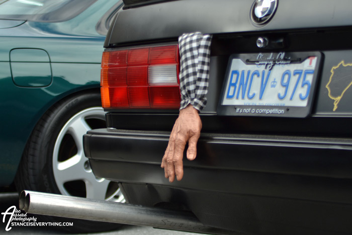 fitted_ottawa_e30_hand