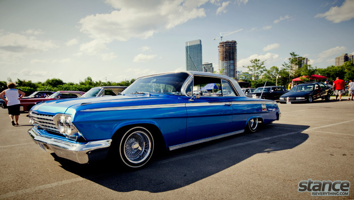 majestics_bbq_2013_chevy_impala_blue_flake_1