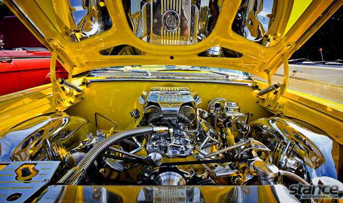 majestics_bbq_2013_yellow_64_impala_engine_bay_1