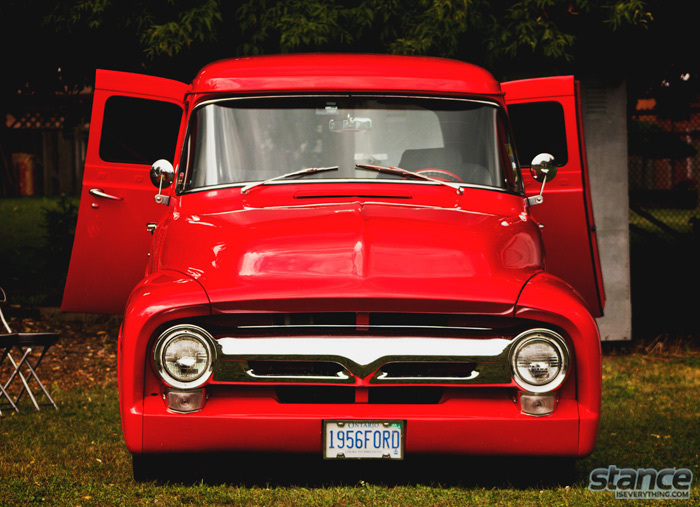 2013_road_mates_corn_roast_1956_ford