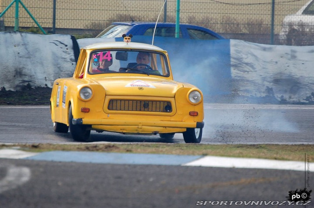 non_typical_drift_7_v8_trabant