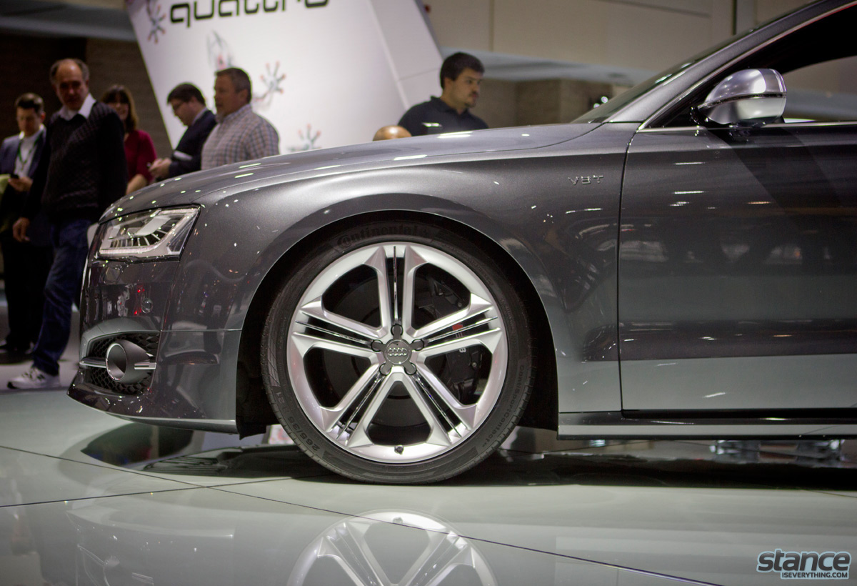 canadian_international_auto_show_2014_audi_s8_3