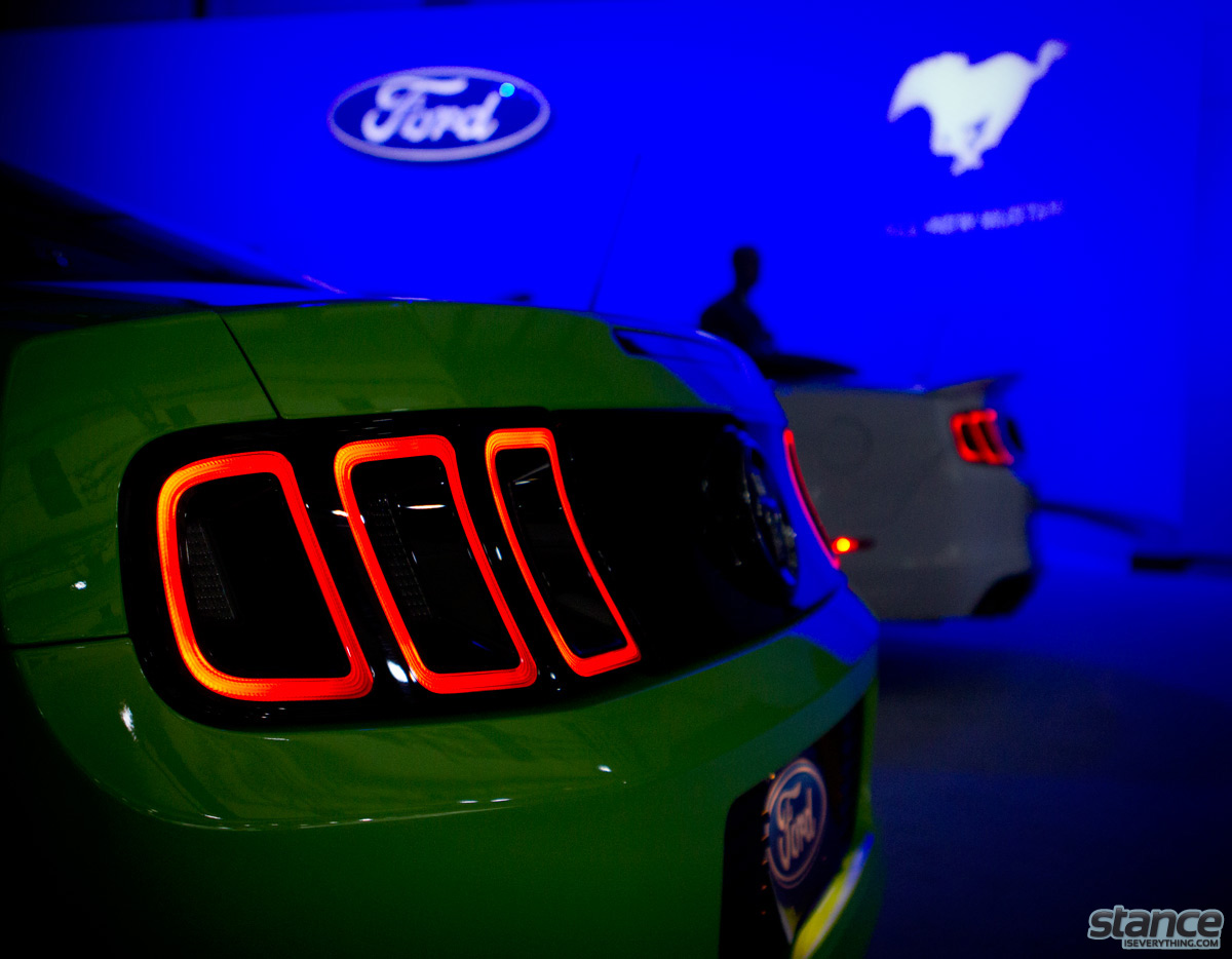 canadian_international_auto_show_2014_ford_mustang_tails