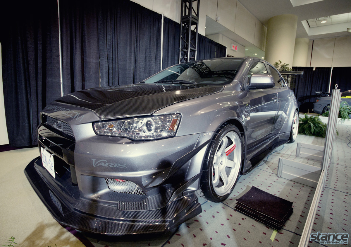 canadian_international_auto_show_2014_mitsubishi_evo_gunmetal_2