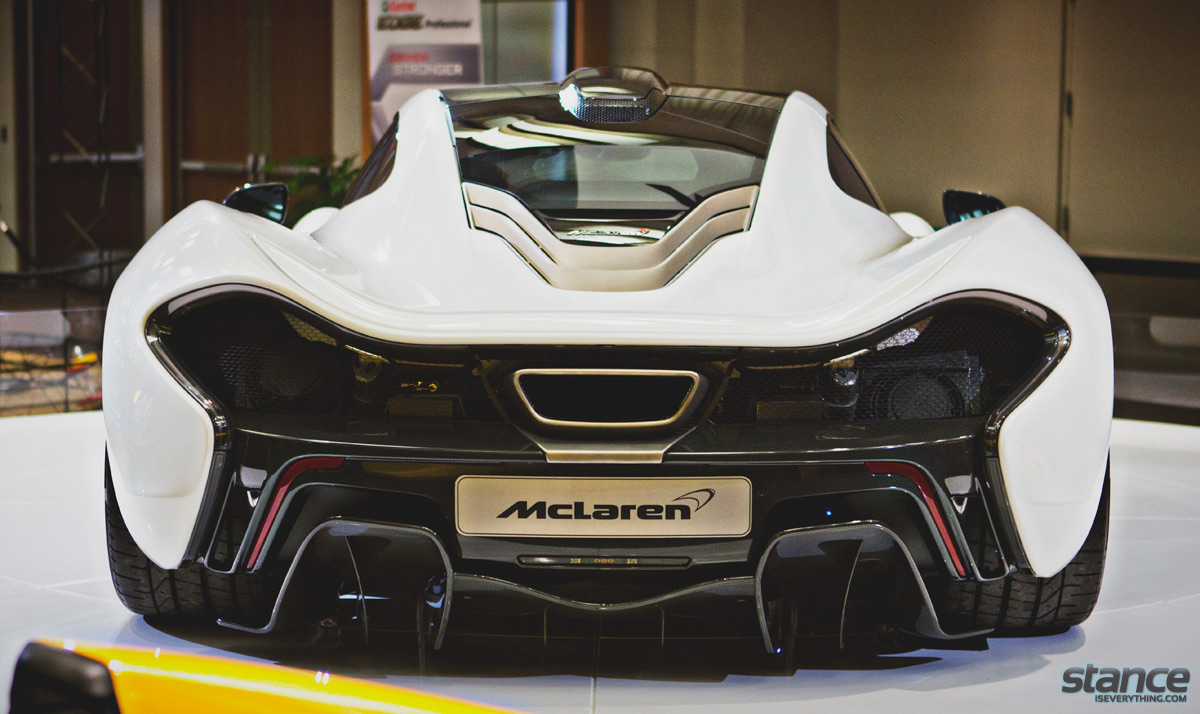 canadian_international_auto_show_2014_pfaff_mclaren_p1_rear