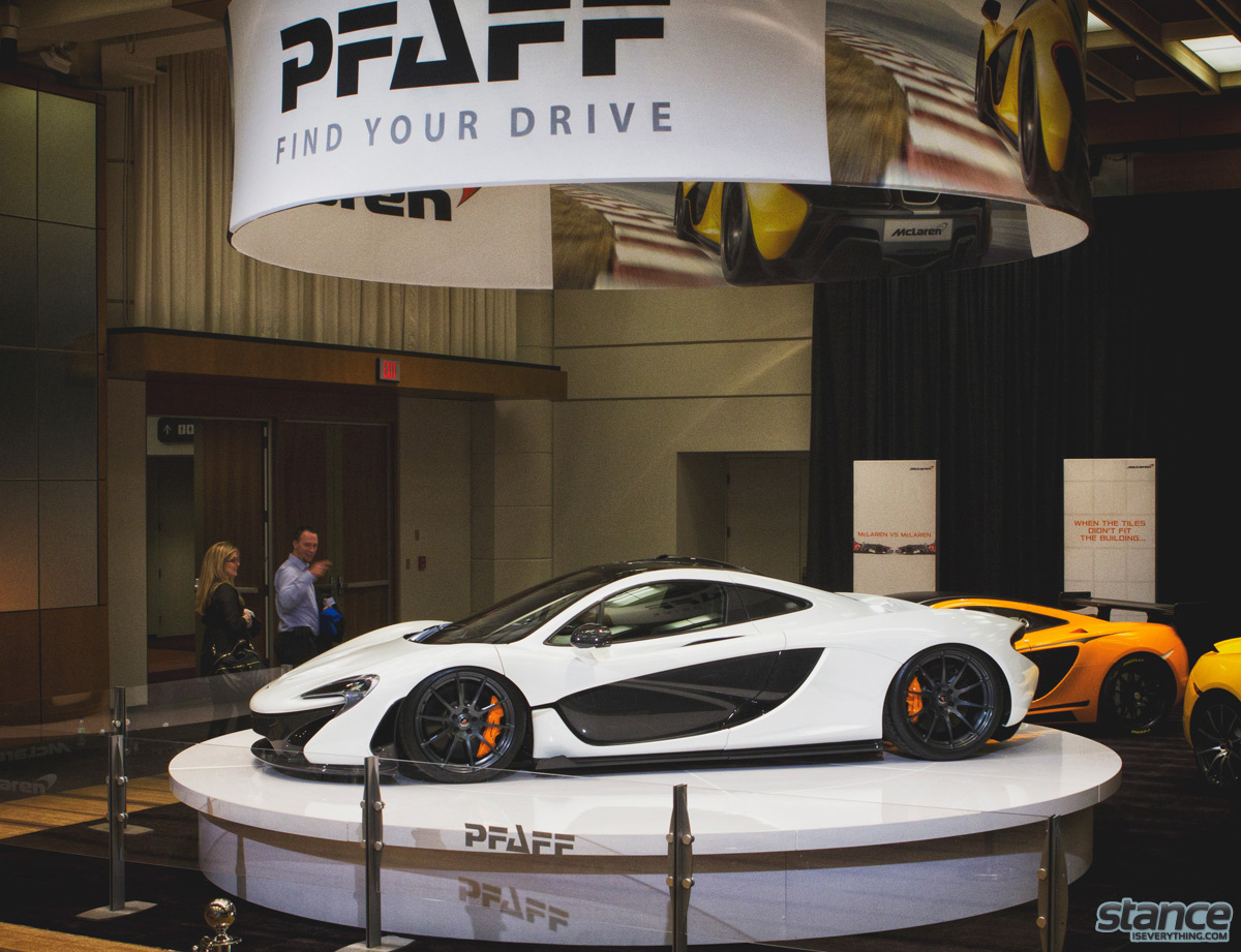 canadian_international_auto_show_2014_pfaff_mclaren_p1_side