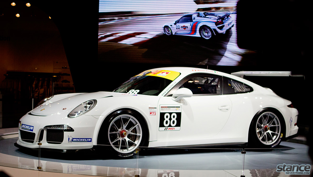 canadian_international_auto_show_2014_porsche_gt3_cup_side_1