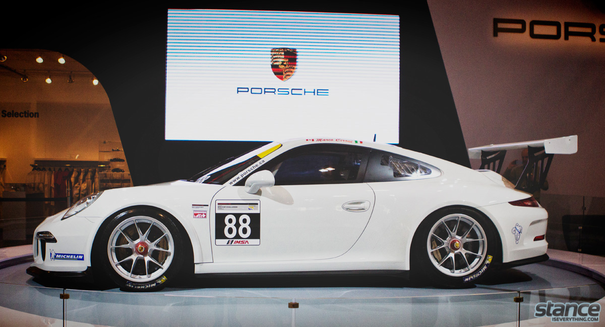 canadian_international_auto_show_2014_porsche_gt3_cup_side_2