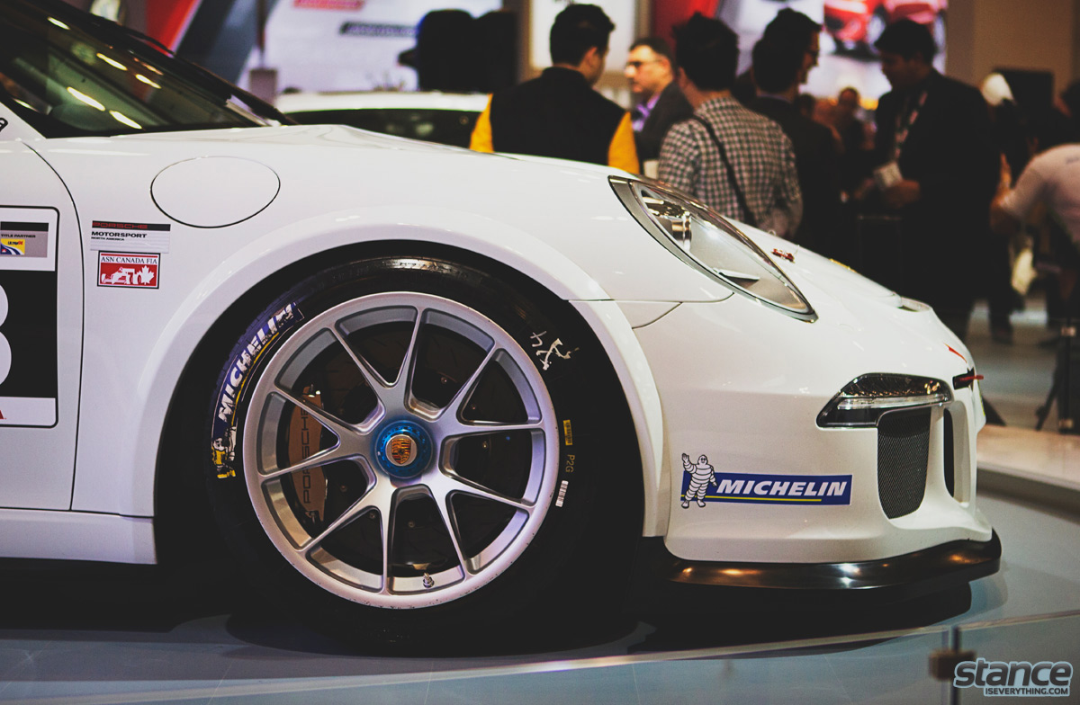 canadian_international_auto_show_2014_porsche_gt3_cup_side_close