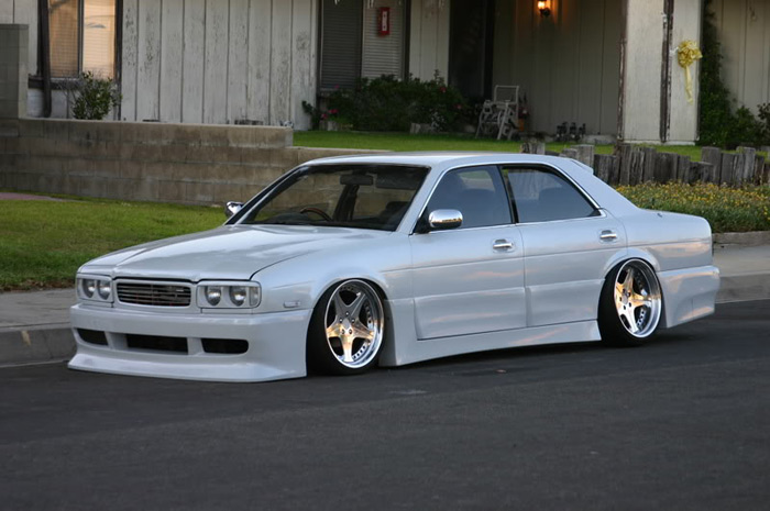 nissan_gloria_white
