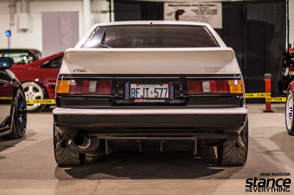 This F20 swapped AE86 is really just  perfect.