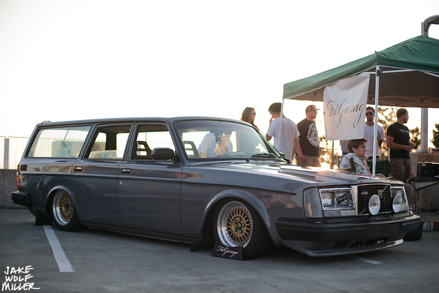 theme tuesdays volvo 240s stance is everything. Black Bedroom Furniture Sets. Home Design Ideas