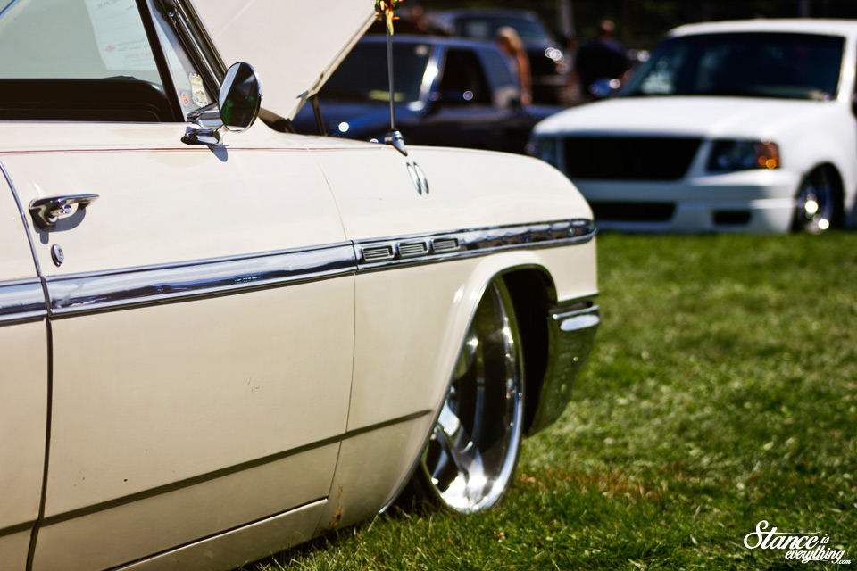 2014-reunited-car-show-buick-la-sabre-4