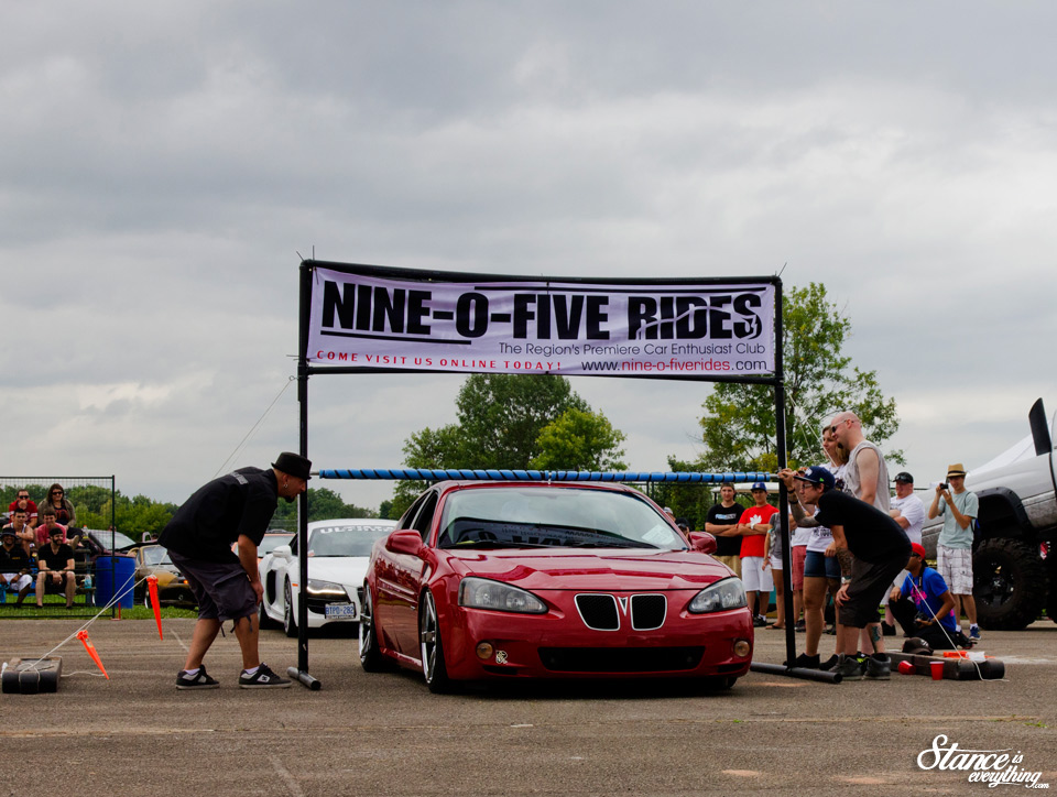 2014-reunited-car-show-limbo-bagged-pontiac-grand-prix-2