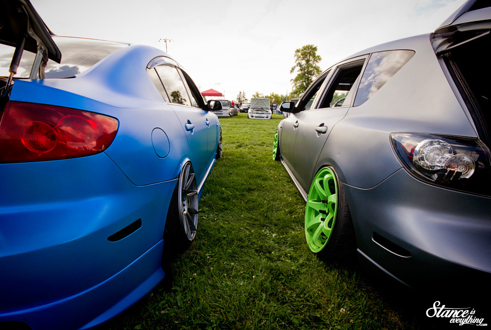 2014-reunited-car-show-mazda-3-bagged-vs-static