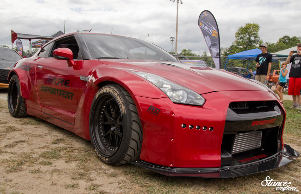 2014-reunited-car-show-rocket-bunny-gtr