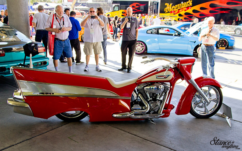 sema-2014-finned-motorcycle-2