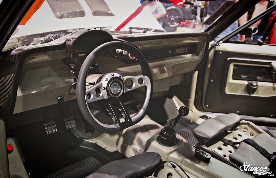sema-2014-ring-brothers-recoil-interior-2