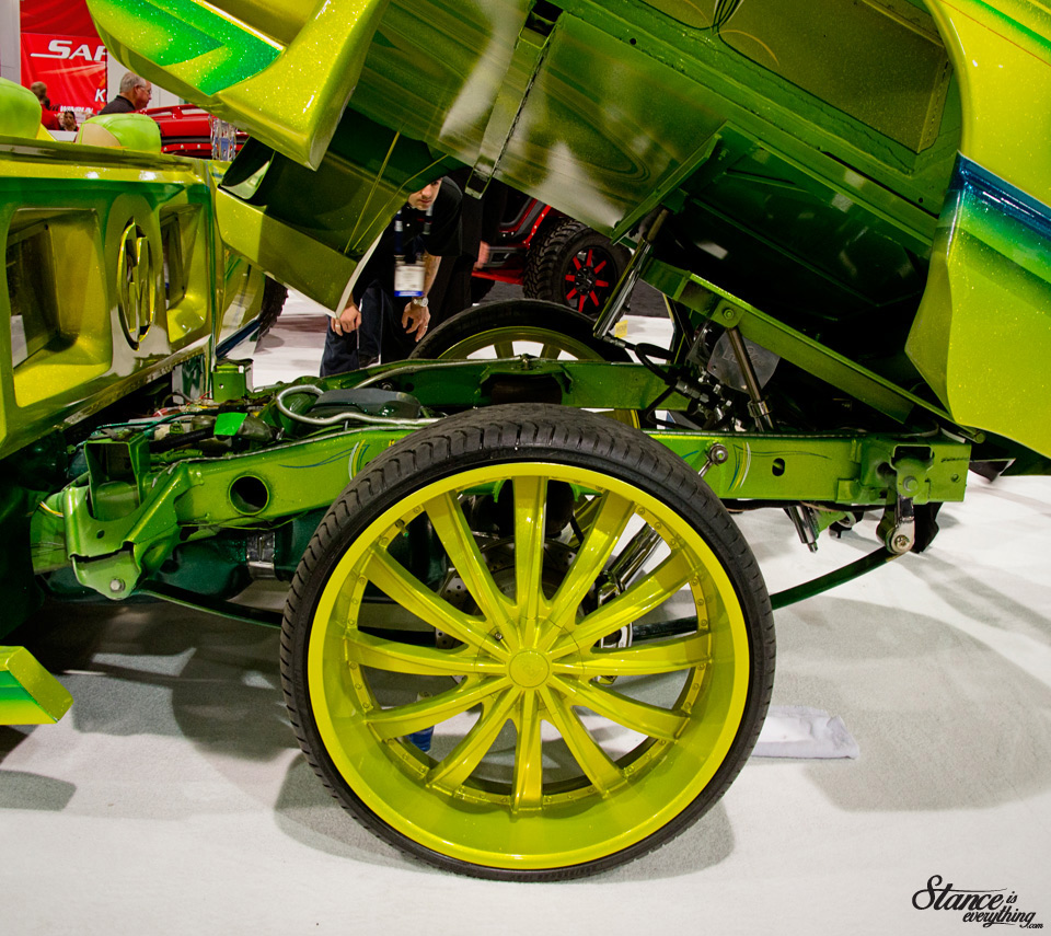velocity-wheels-truck-sema-2014-suspension1