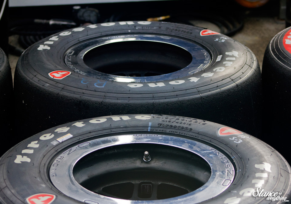 toronto-indy-2015-pits-tires