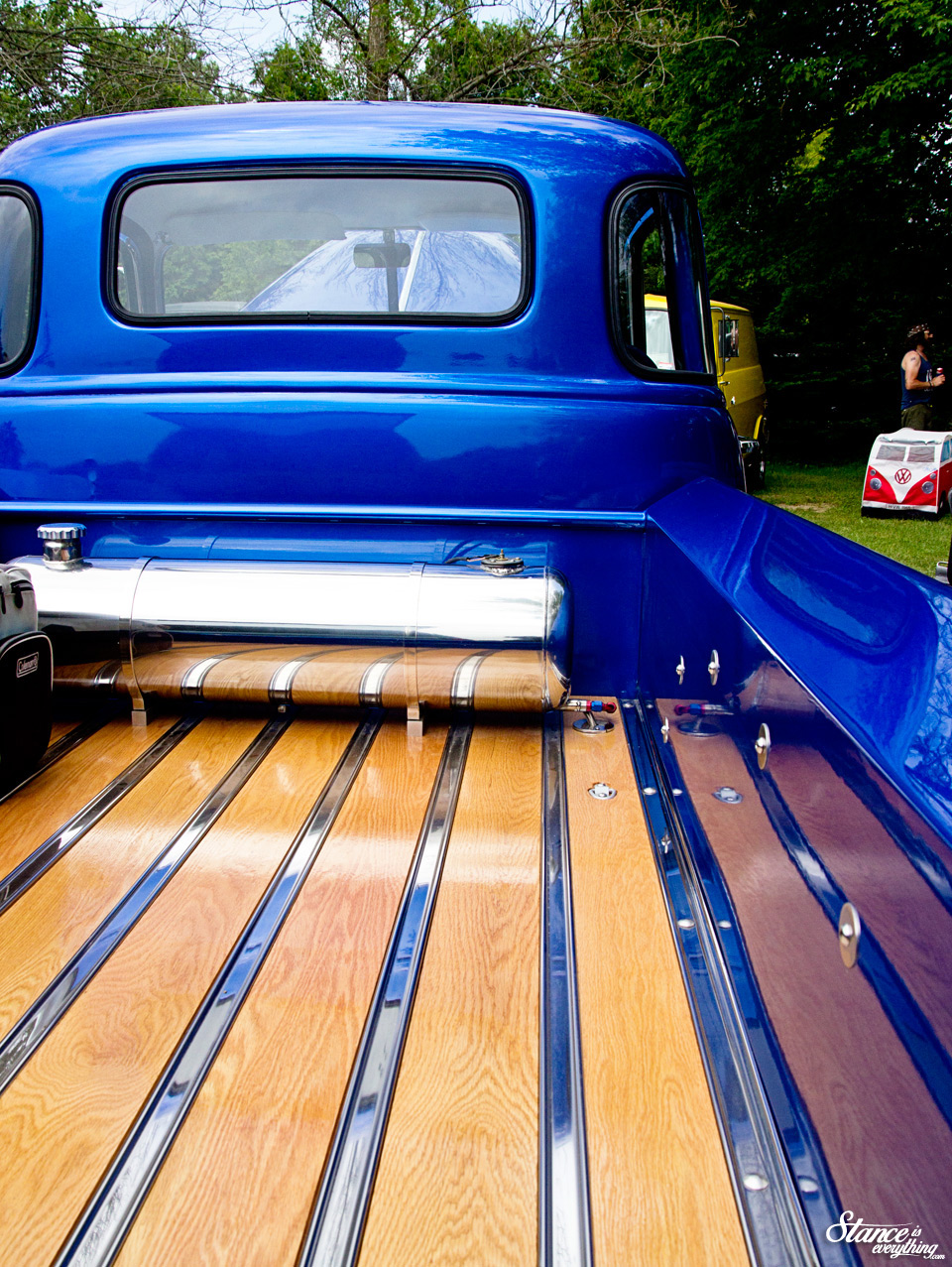 vanfest-2015-chevy-5-window-bed