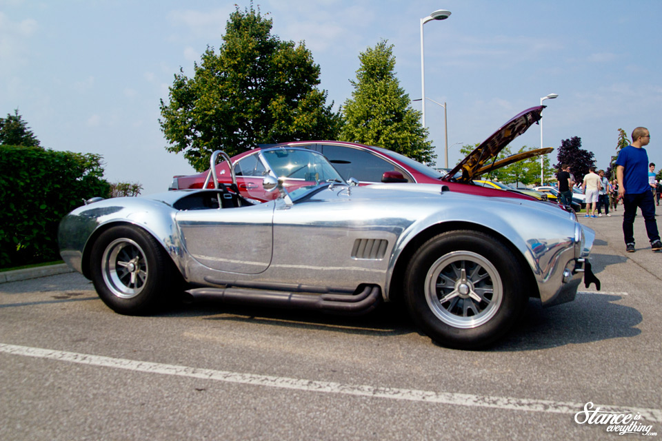 cars-and-coffee-chrome-cobra
