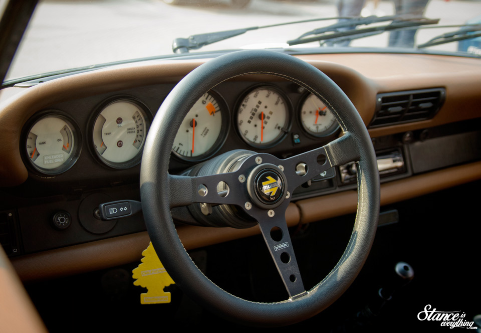 cars-and-coffee-porsche-compmotive-interior-2