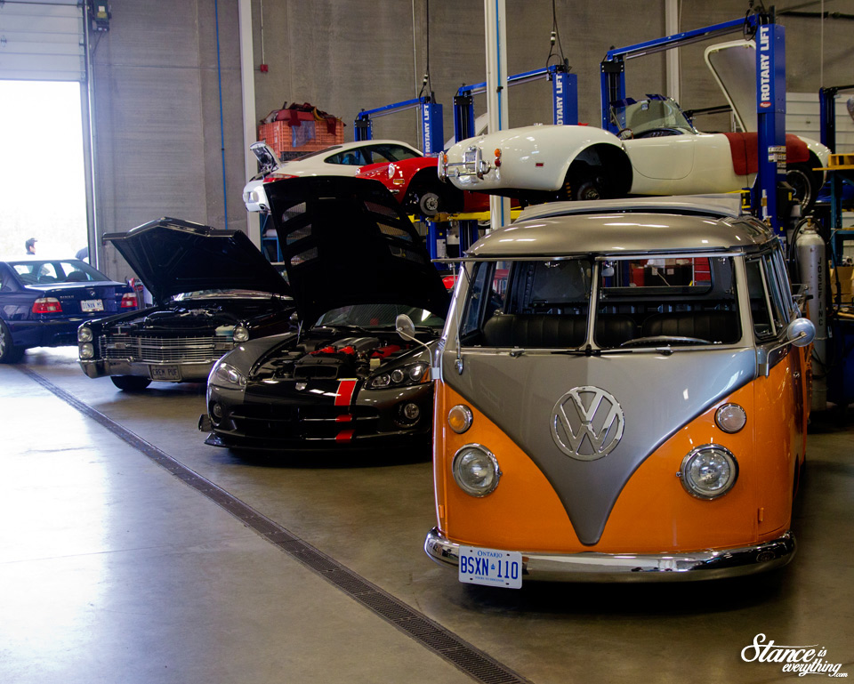 cars-and-coffee-toronto-vw-bus-3