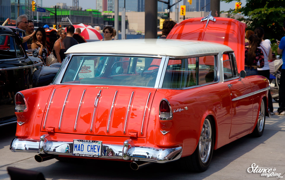classics-on-the-square-chevy-nomad