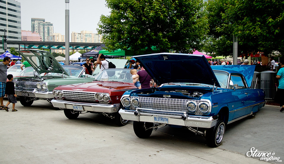 classics-on-the-square-lowriders