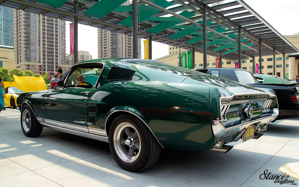 classics-on-the-square-mustang-bullitt