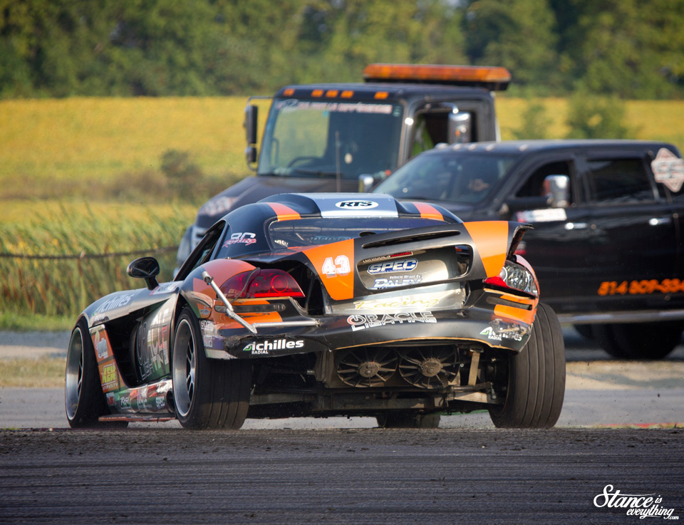 2015-formula-drift-world-round-quebec-dean-kearney-damage-1