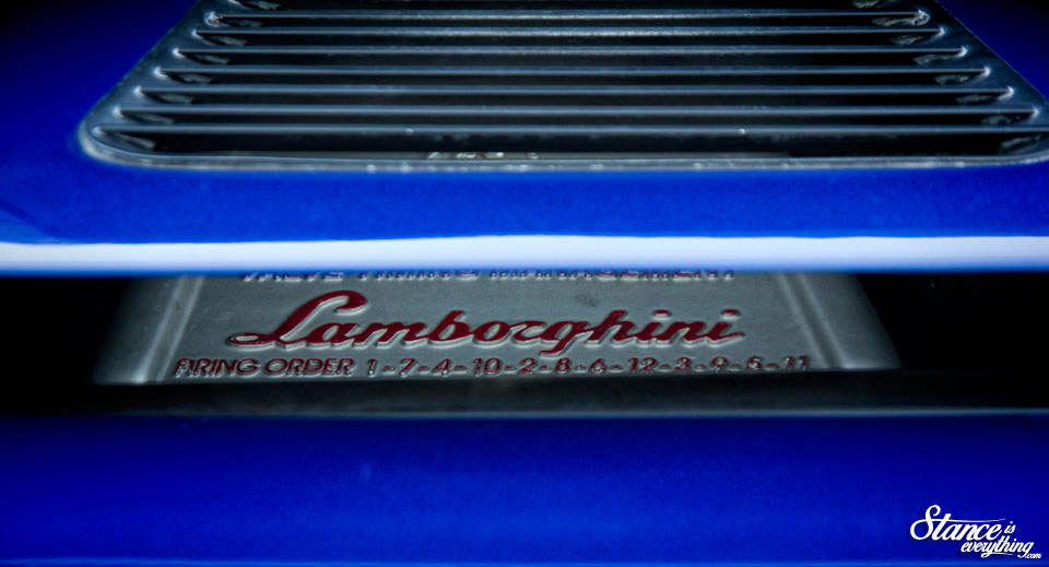 cars-and-coffee-toronto-lamborghini-diablo-2