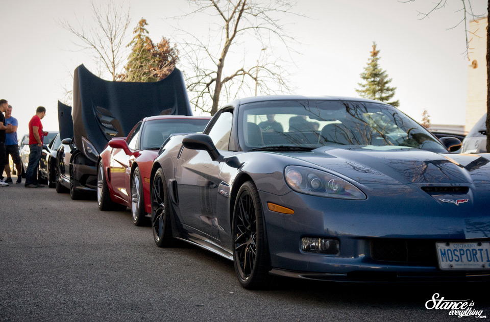 cars-and-coffee-toronto-corvettes