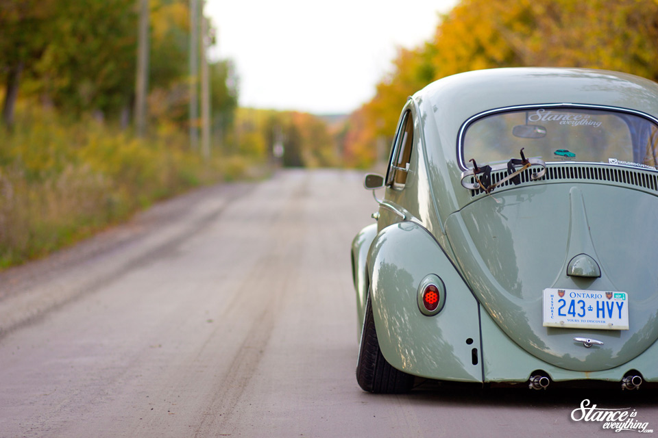 stance-is-everything-taylord-customs-slammed-beetle-rear-road-2