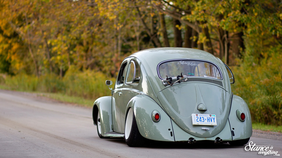 stance-is-everything-taylord-customs-slammed-beetle-rear-road-3