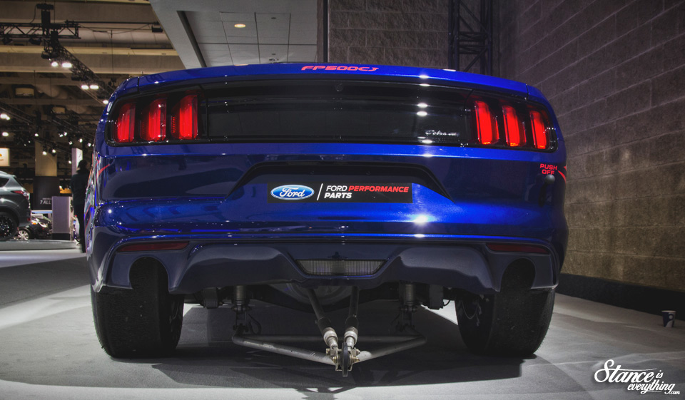 2016-canadian-international-auto-show-ford-mustang-2