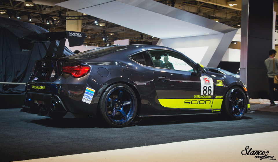 2016-canadian-international-auto-show-speed-acadamey-brz-4